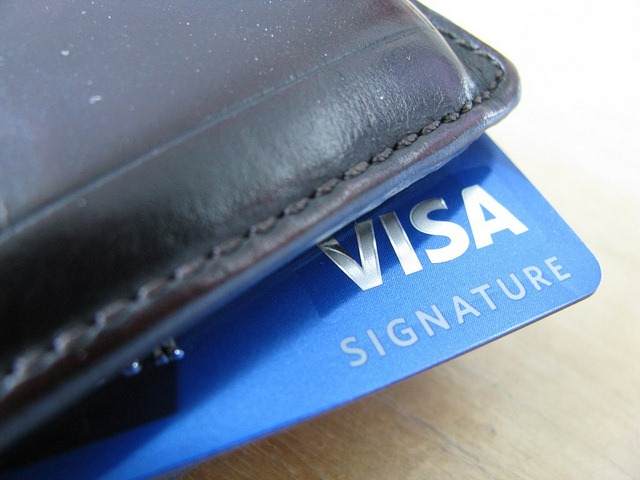 credit cards for student advantages Not all issuers offer student credit cards you'll also have to keep in mind that the  rates and benefits of student credit cards aren't as competitive.